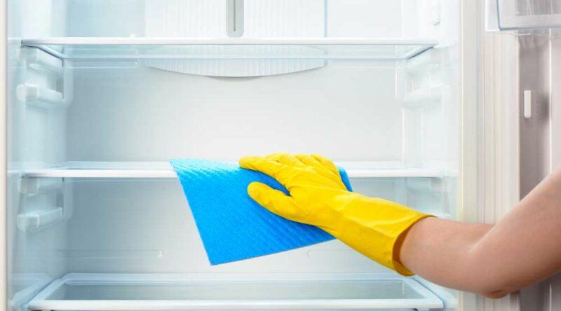 Como limpar geladeira: 25 dicas práticas para manter tudo sempre limpo