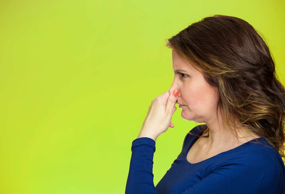 Maus odores, dicas para remover