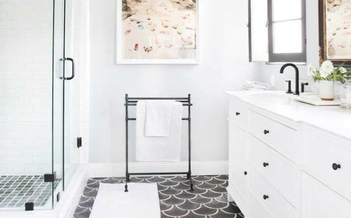 Piso para banheiro: conheça os principais materiais para revestir