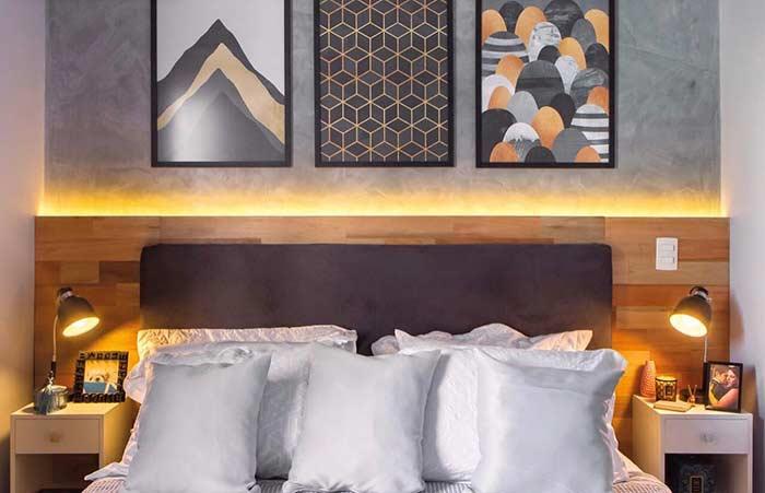 Combine cores e tamanhos na composição com quadros decorativos
