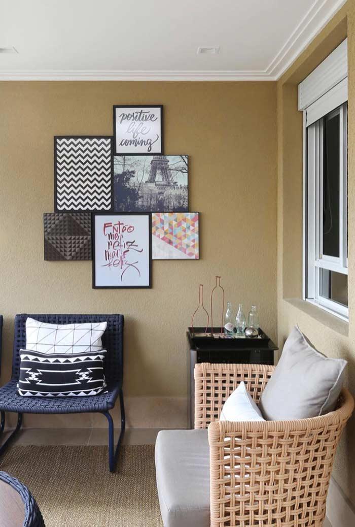 1dfc007a1 Composição de quadros decorativos no estilo simples