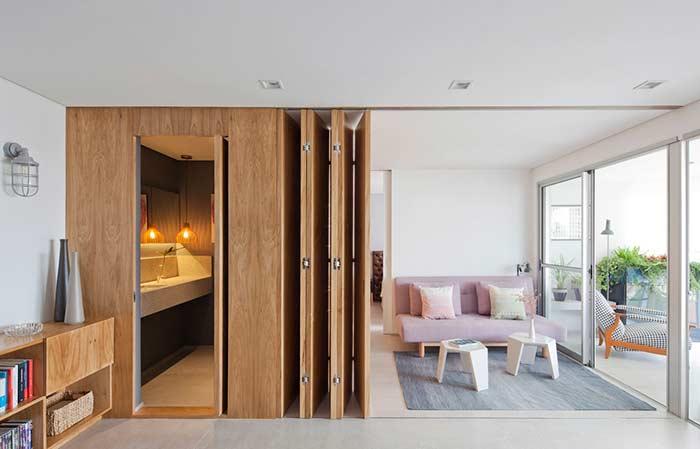 Apartamento com porta camarão