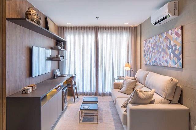 Sala pequena moderna decorada