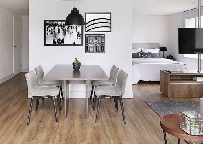 Integre todos os ambientes com o mesmo tipo de piso