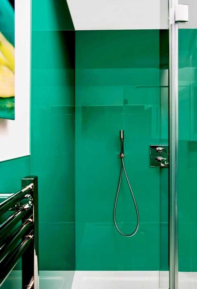 Banheiro verde jade