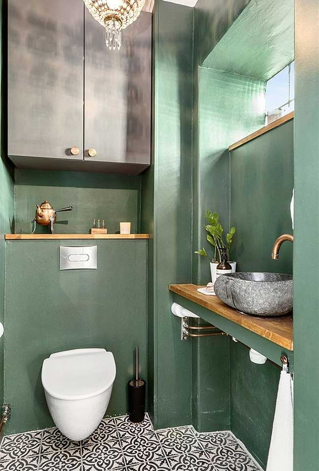 Tinta verde em tonalidade diferente