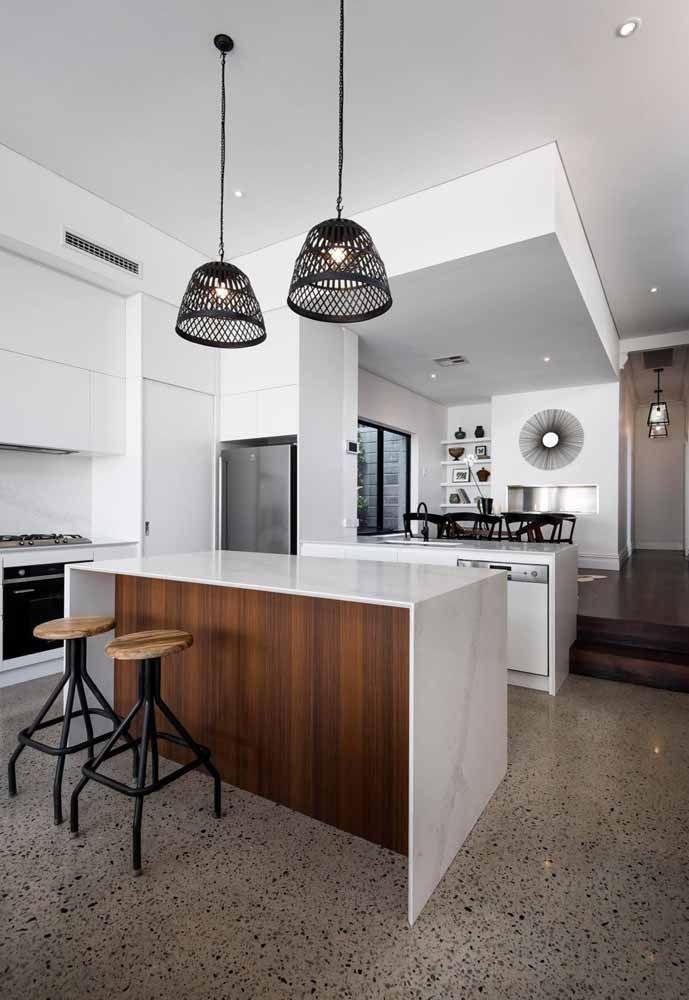 Cozinha branca elegante