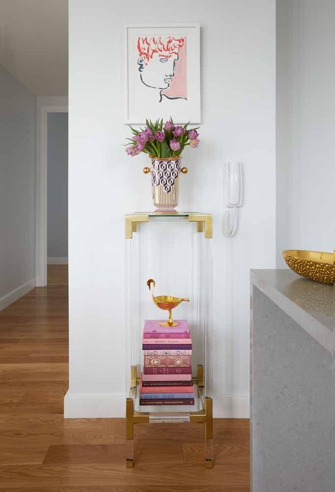 Decorativo é pouco para esse modelo de vaso, sem contar as tulipas que o deixam ainda mais bonito