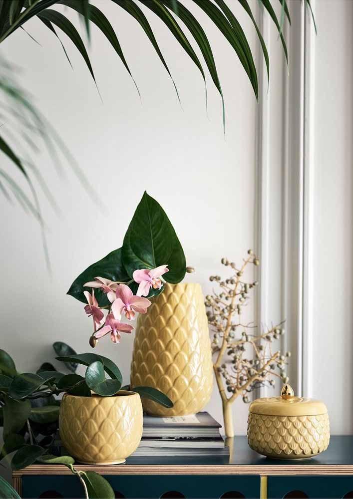 Em formato de abacaxi