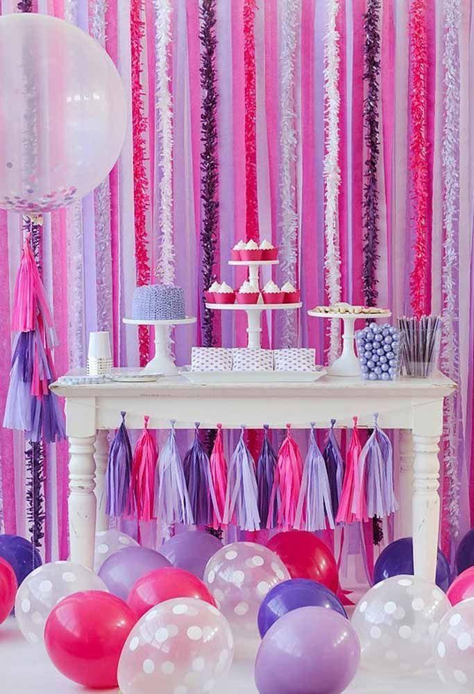 Aposte nas cores fortes para fazer uma linda decoração de aniversário
