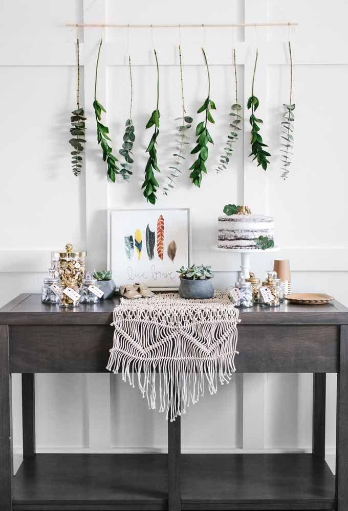 Quem gosta de uma decoração mais rústica pode aproveitar alguns itens para deixar o ambiente mais charmoso