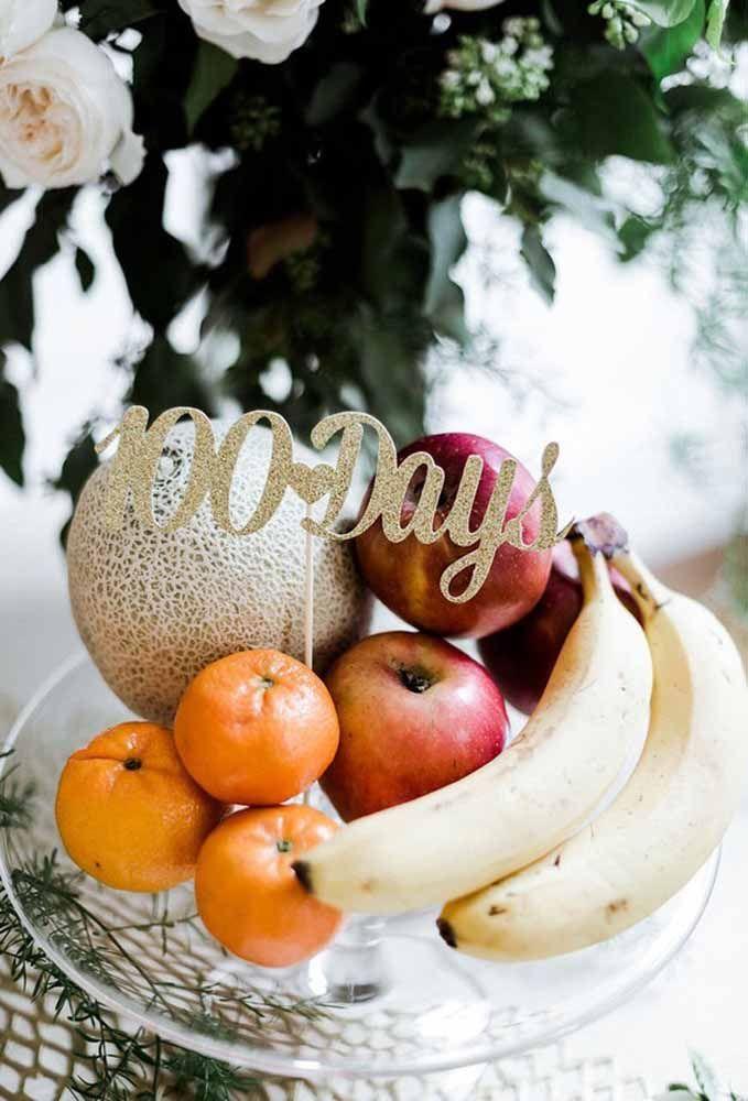 Sabia que você pode decorar a mesa de aniversário com frutas?