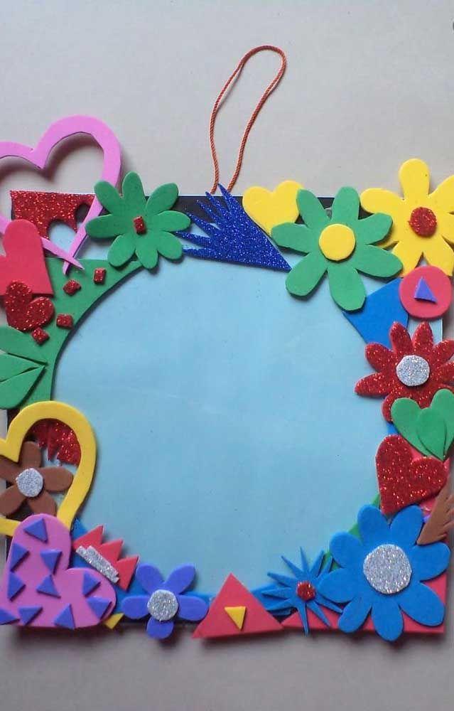 Porta retrato colorido, alegre e florido feito, é claro, de EVA