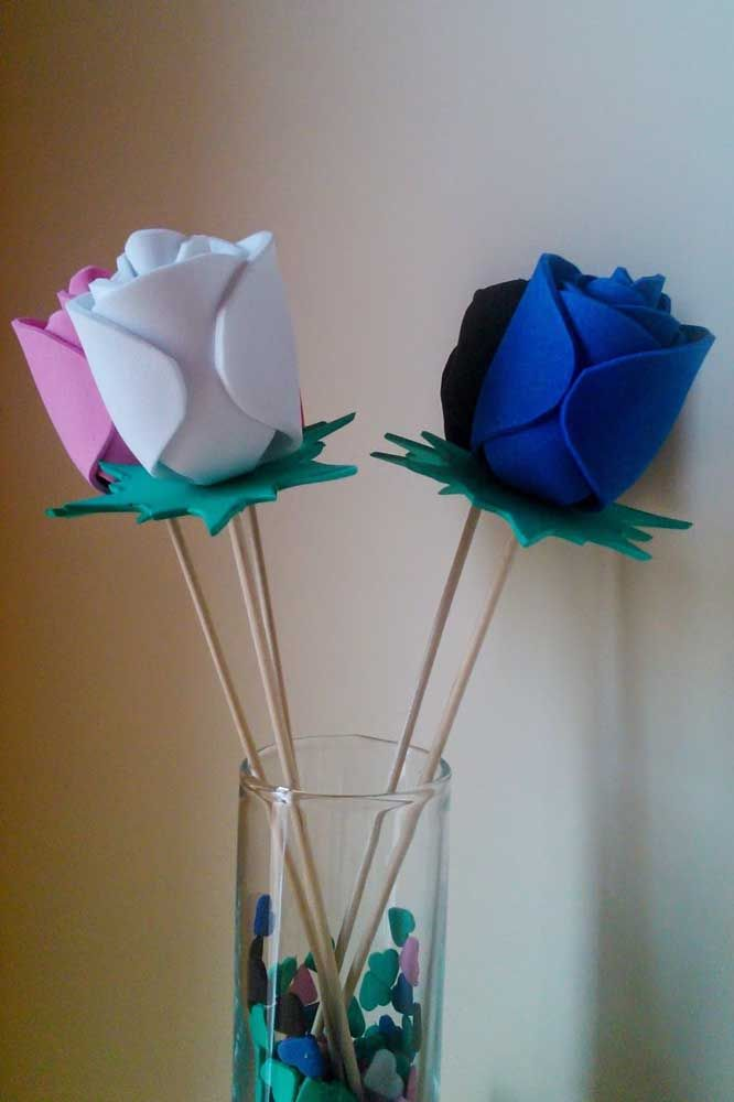 As típicas flores de EVA não podiam ficar de fora dessa seleção