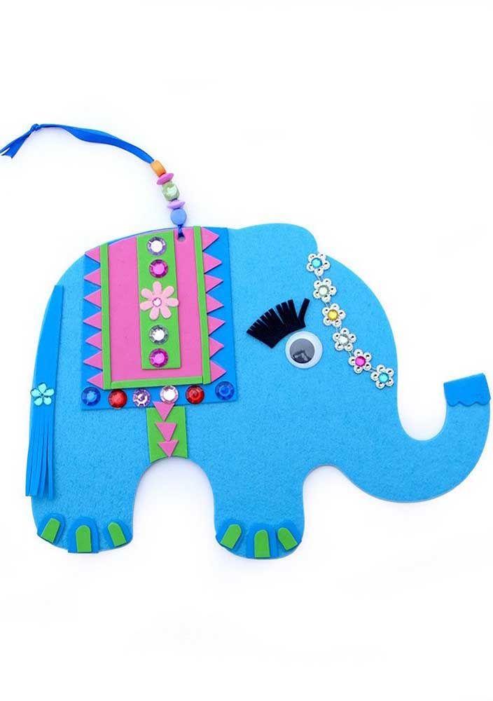 E esse elefante todo colorido de EVA? Um charme!
