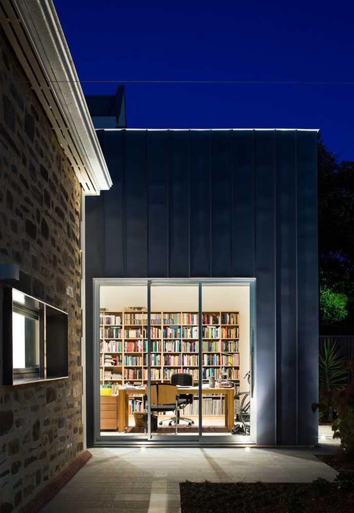 Você pode misturar alguns cômodos feitos com containers e outros feitos de concreto.