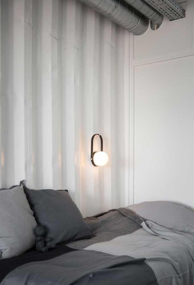 A iluminação de uma casa container deve ser suave.
