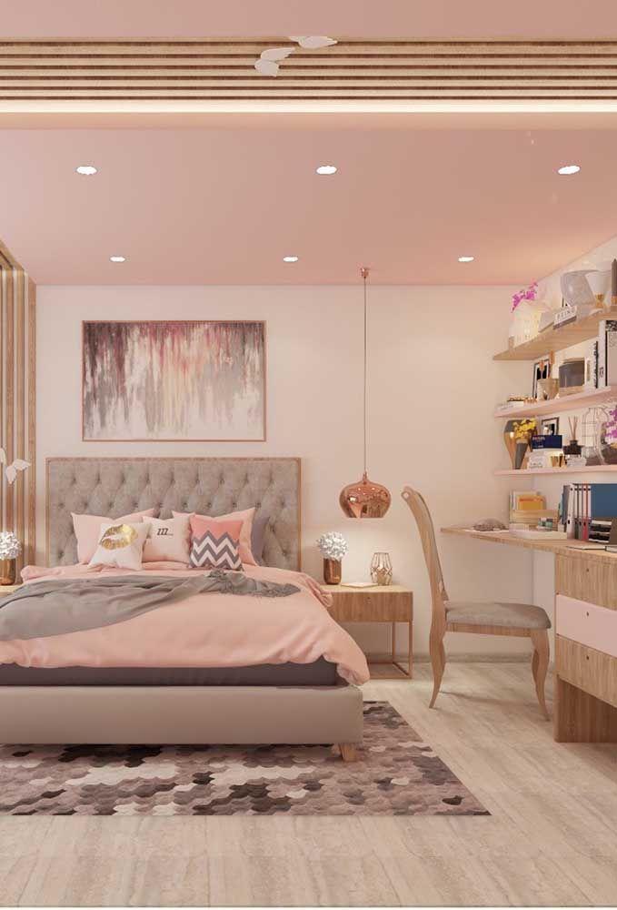 Se a intenção é produzir um quarto de adolescente mais luxuoso, a cor rosé gold pode ser o grande destaque.