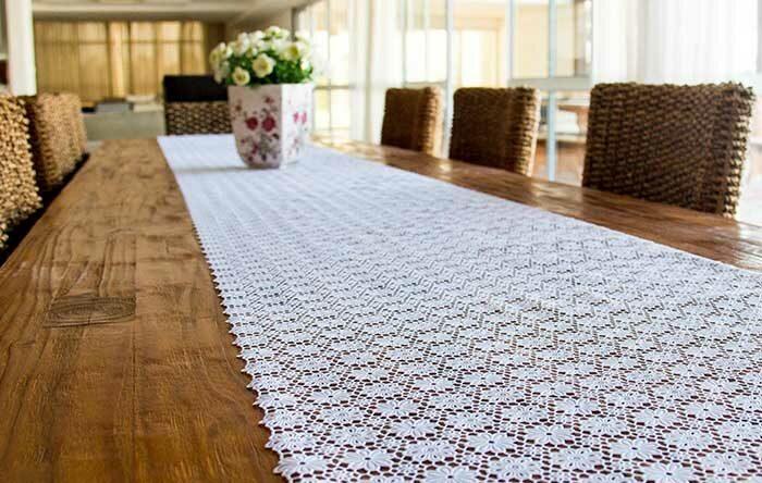 Caminho de mesa de crochê: ideias atuais para ter como inspiração