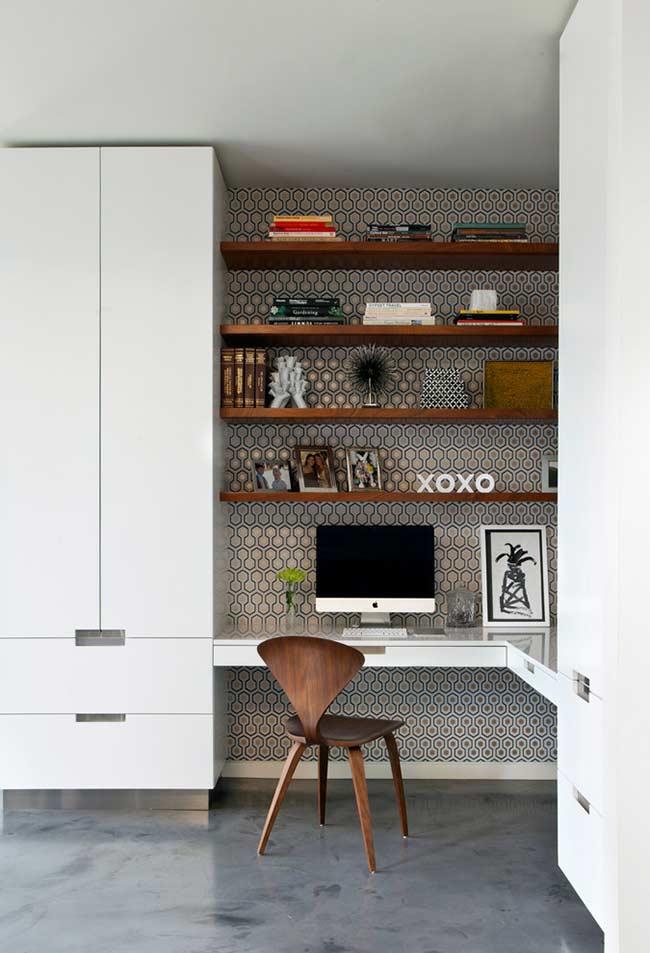 Home office com armários planejados