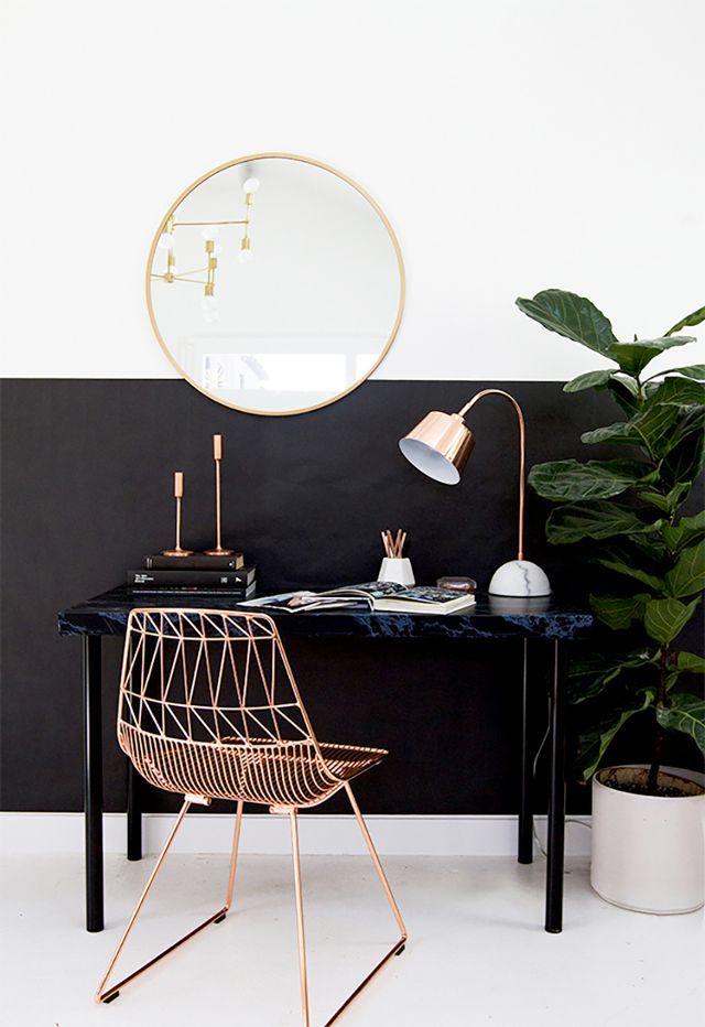 Mesa pequena para quem tem pouca necessidade de espaço
