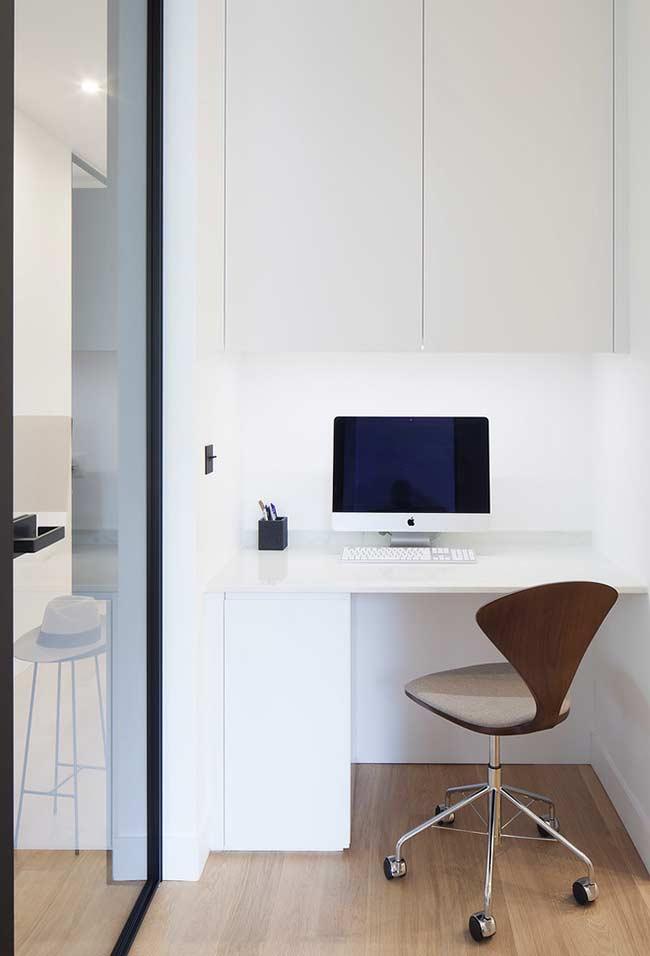 Ambiente branco, clean e com linhas retas
