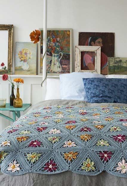 Meia colcha para decorar a cama