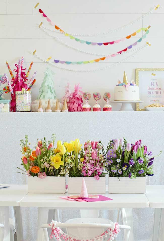 Flores coloridas para dar o tom da festa