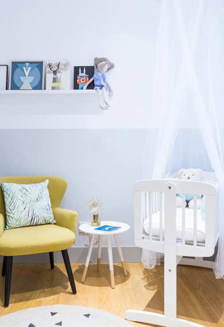 Móveis compactos e modernos para quarto de bebê pequeno