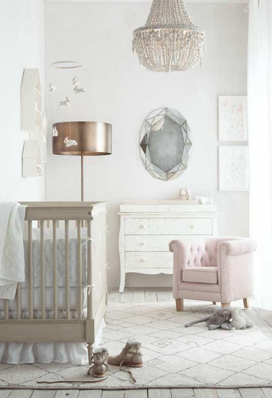 Super estiloso para um quarto de bebê com estilo princesa