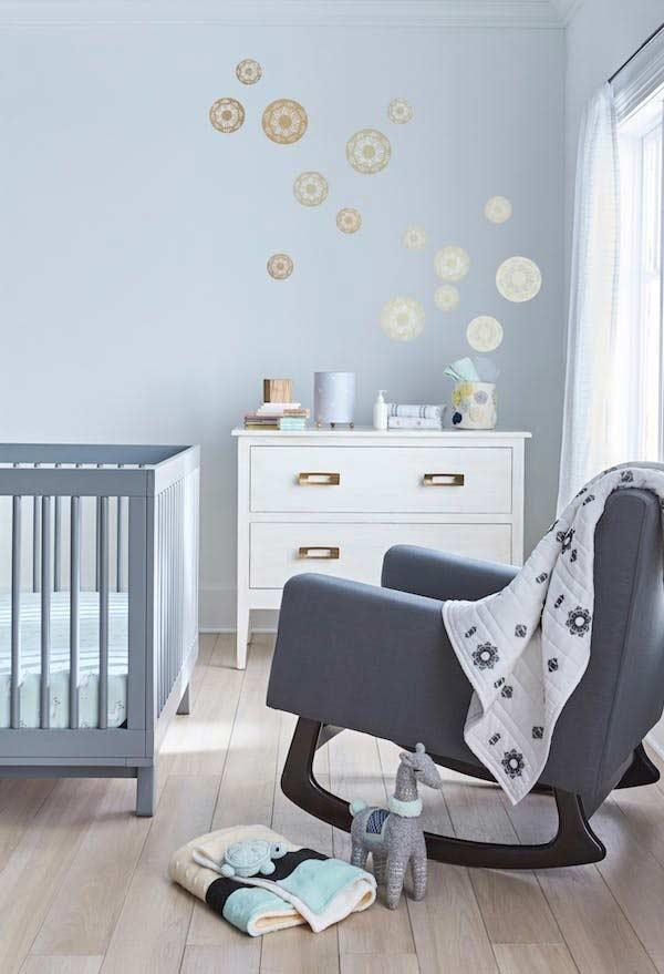 Decoração de quarto de bebê pequeno azul