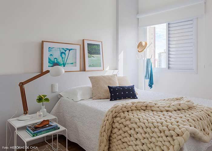 Objetos decorativos para mudar a cara de um quarto com decoração simples