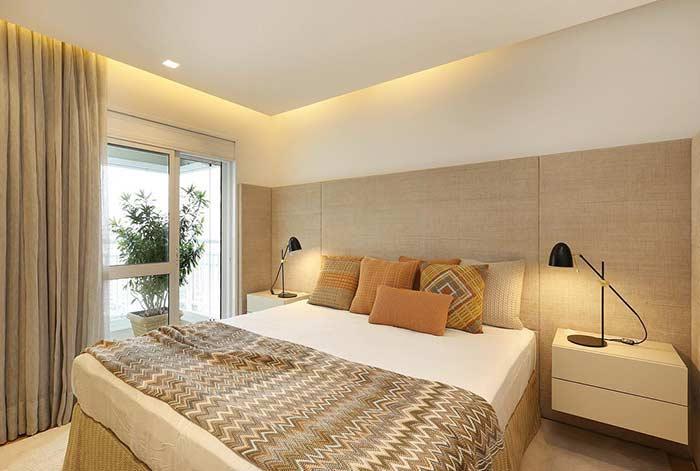 Acrescente o estilo pessoal na decoração de um quarto simples