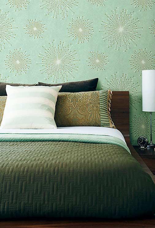 Padrões diferentes de cores e texturas em um quarto verde