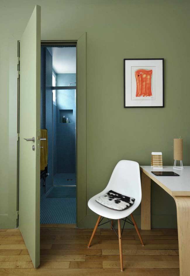 Verde musgo renovado na parede