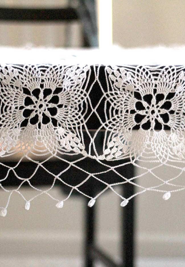 Detalhes de uma toalha de crochê