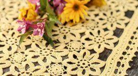 Toalha de crochê: ideias para acrescentar a decoração da mesa