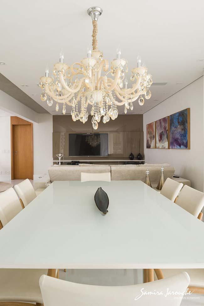 Lustre para sala de estar e jantar integrada