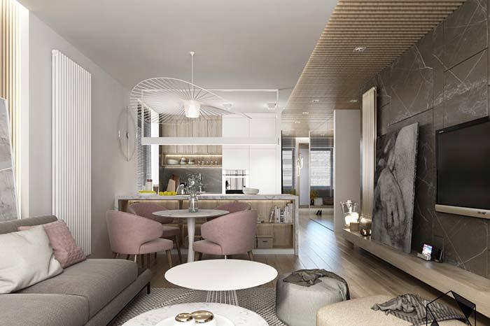 Salas integradas com lustre grande
