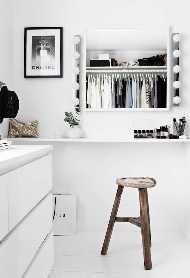 Penteadeira ou espelho no closet planejado