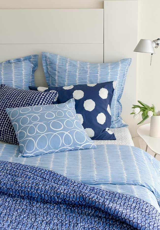 Diversos padrões de azul unidos pela cor