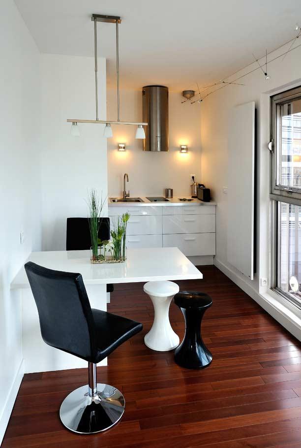 Apartamento com cozinha mínima