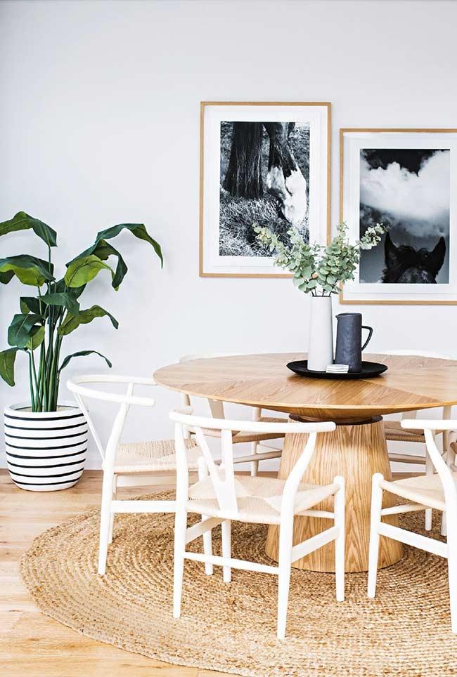 Arranjo de mesa decorativo e funcional