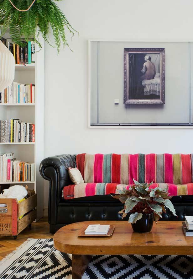 Clássico sofá chesterfield
