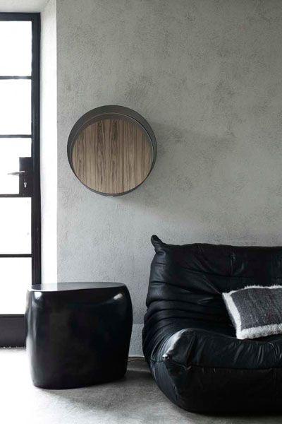 Sofá estilo puff de couro preto