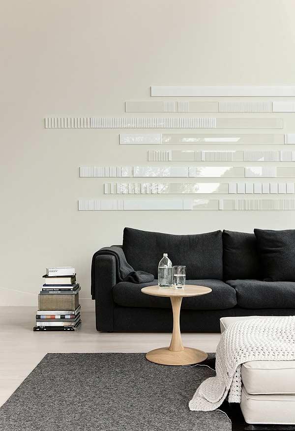 Ambiente minimalista com preto, cinza e off-white