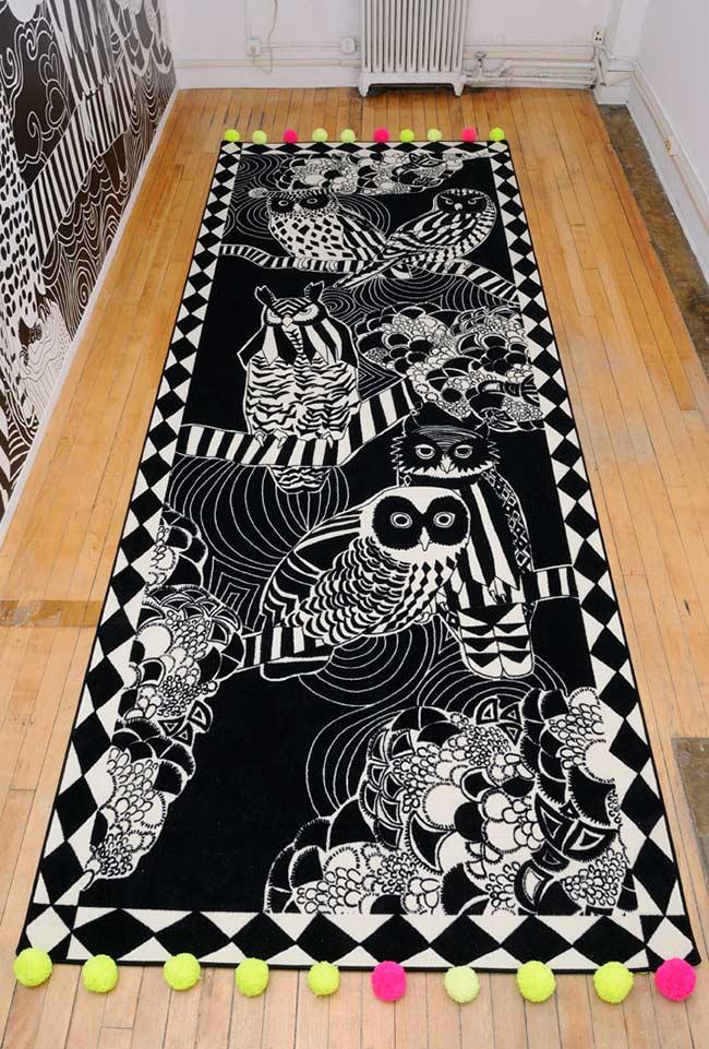 Tapete de coruja preto e branco