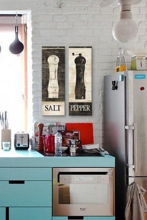 Quadrinhos para cozinha pintados diretamente na madeira