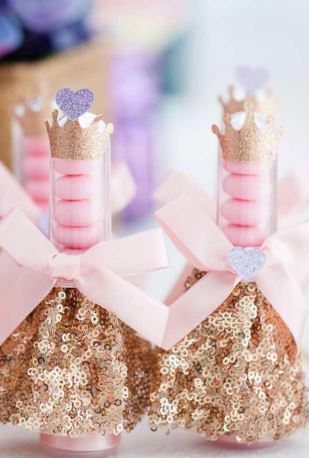 Tubinhos de balinhas para festa Princesa