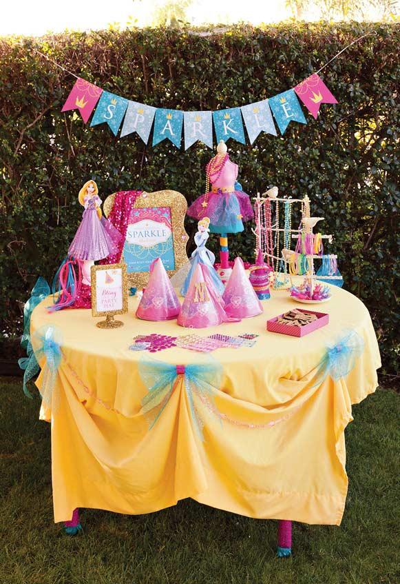 Mesa para festa Princesa colorida